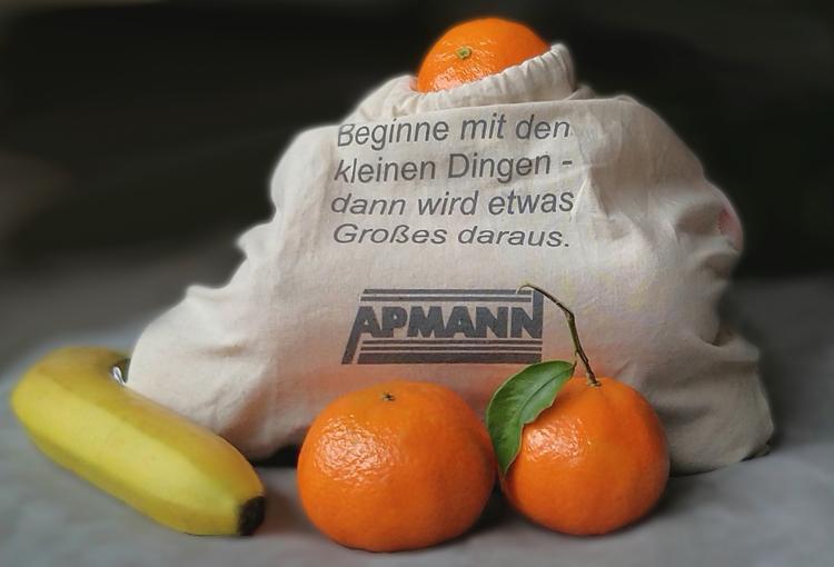 Apmann beutel gefüllt mit Obst