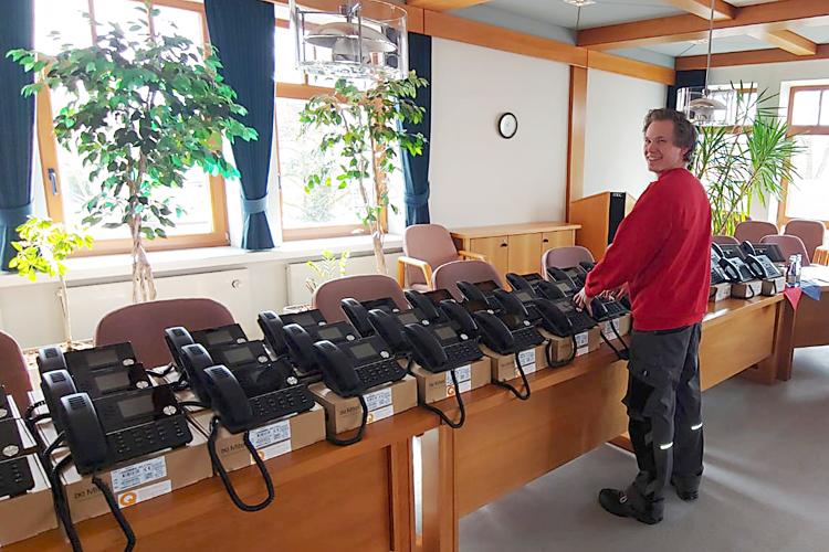 Samtgemeinde Fredenbeck Kommunikationsserver mit Telefonen