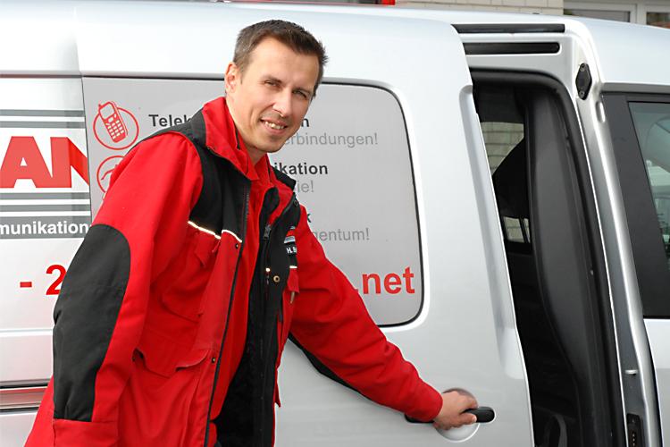 Symbolbild_Auftragsarbeite_Telekommunikation_Kundendienst_Netzanbieter_EWE TEL