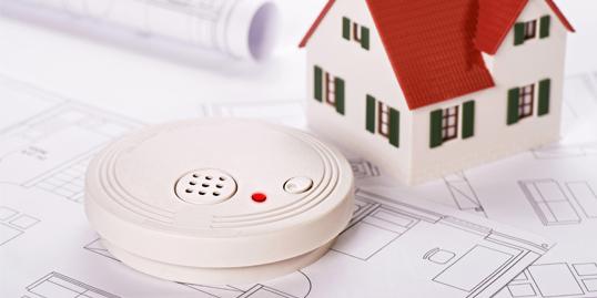 Slider_Rauchwarnmelder_Technische Gebäudeausrüstung_Energiedienstleister Ista